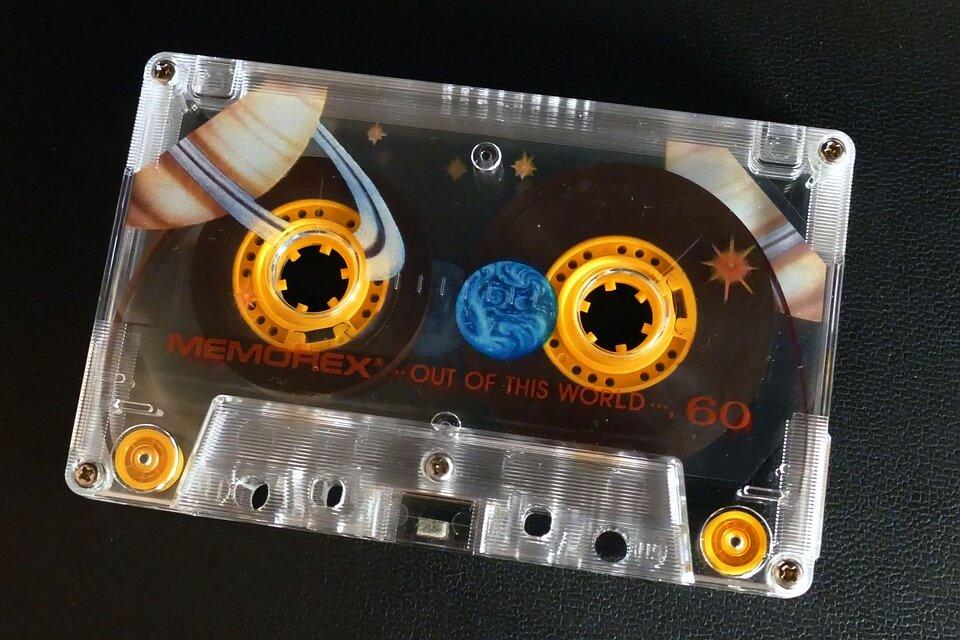 カセットテープ 昭和