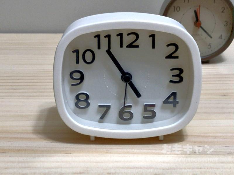 ダイソー300円置き時計